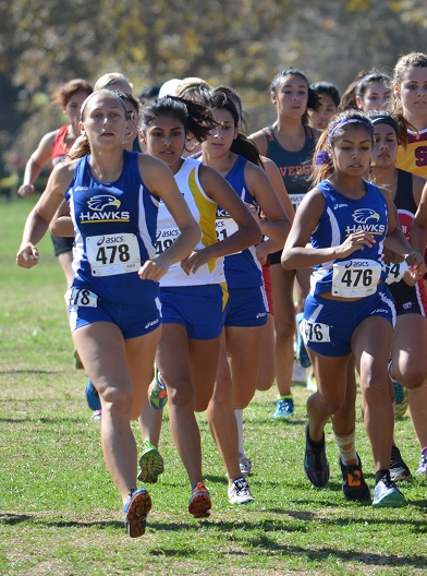 Student running at Goldenwest Invite